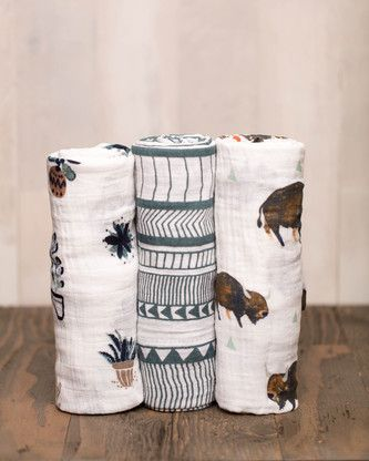 bison-swaddle-set