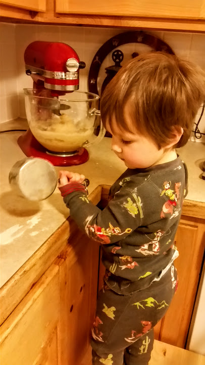 wacey-helping-make-cinnamon-rolls